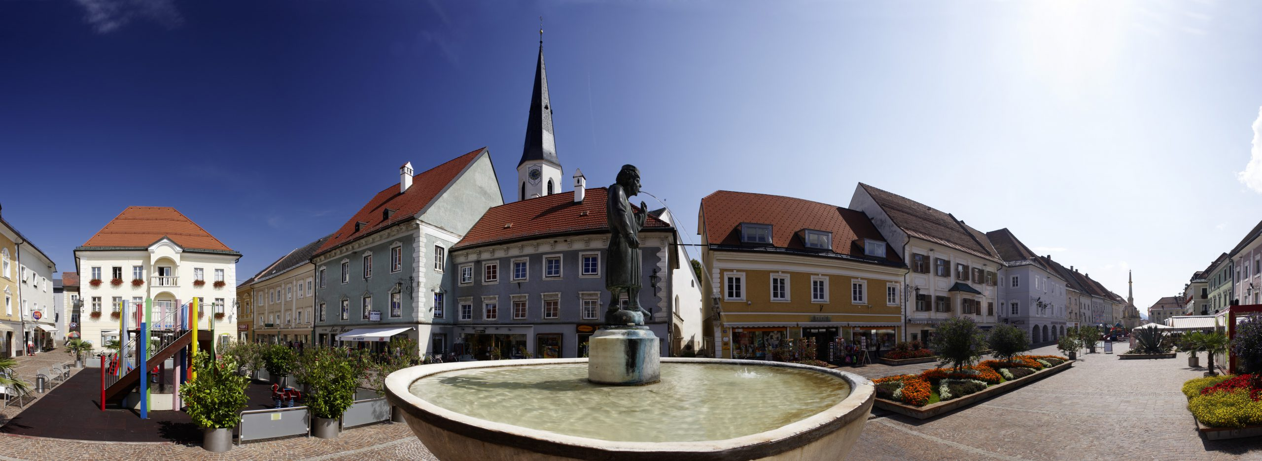 The magnificent main square in St. Veit invites cyclists to stroll