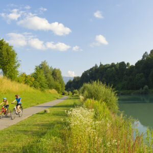 The Drau cycle path is one of the most famous cycle paths in Europe - explore by bike