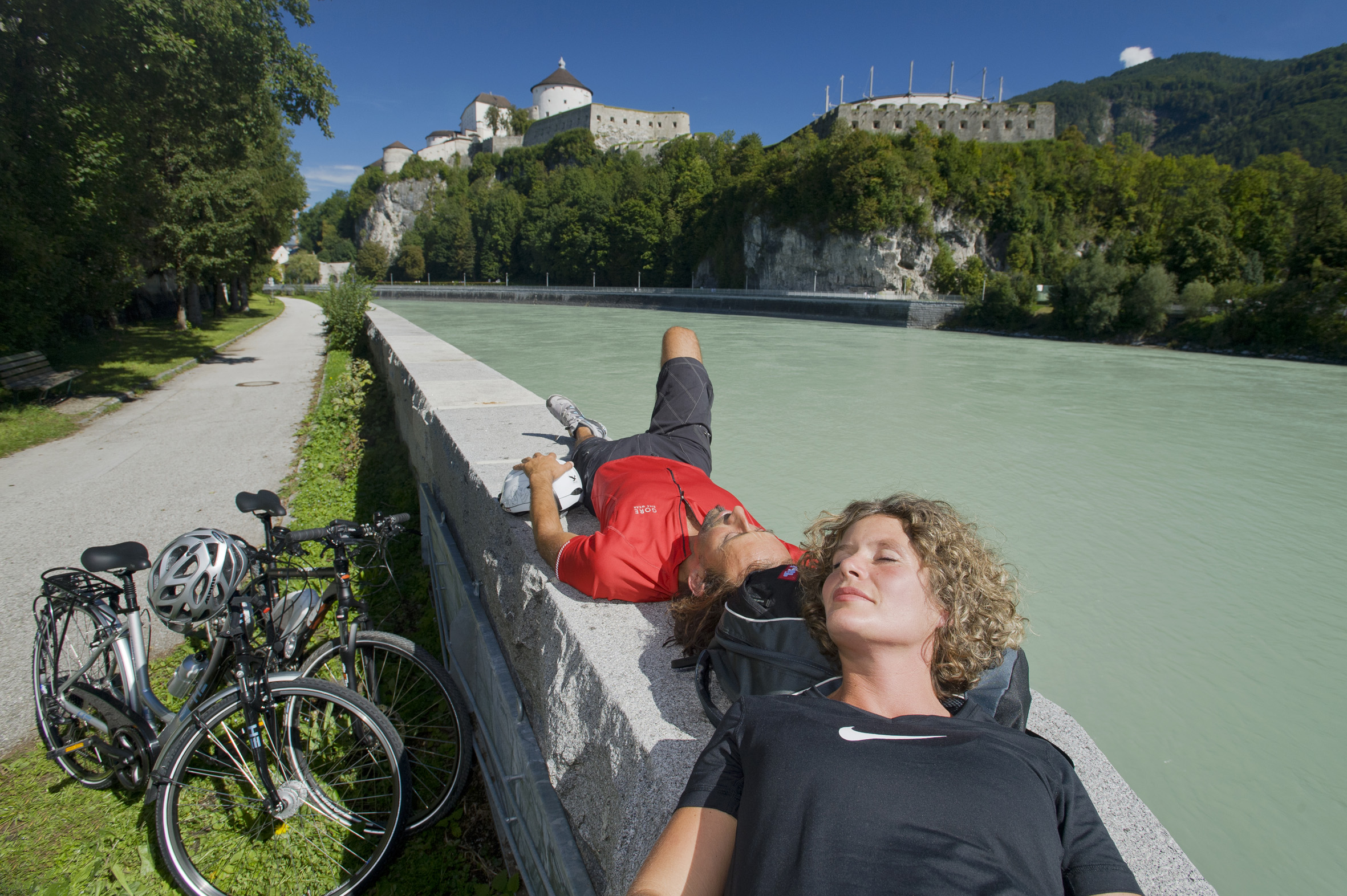 Inn Sonnenbad Radler TirolWerbung NorbertFreudenthaler