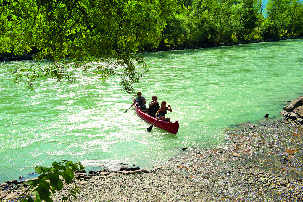 Abenteuer am Fluss erleben - mit dem Kanu entlang der Drau