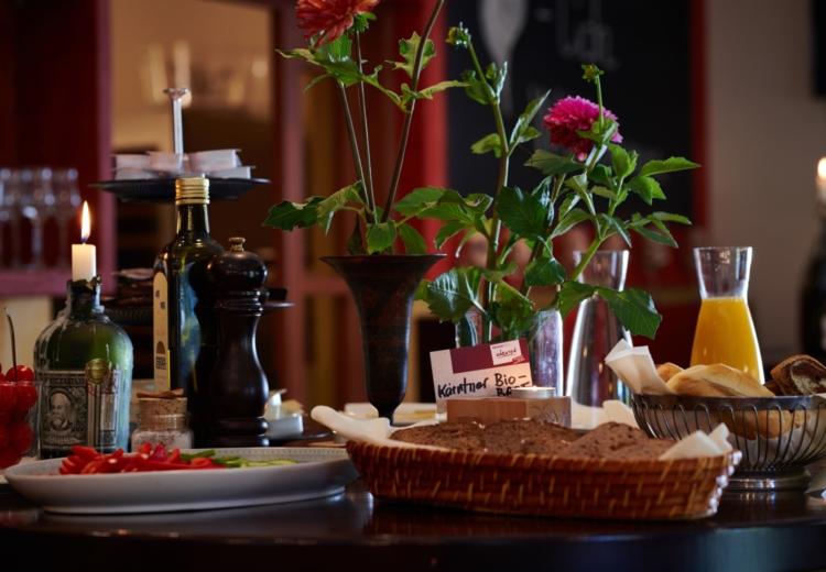 Soleo Hotel Restaurant Slider 3 750x520 1